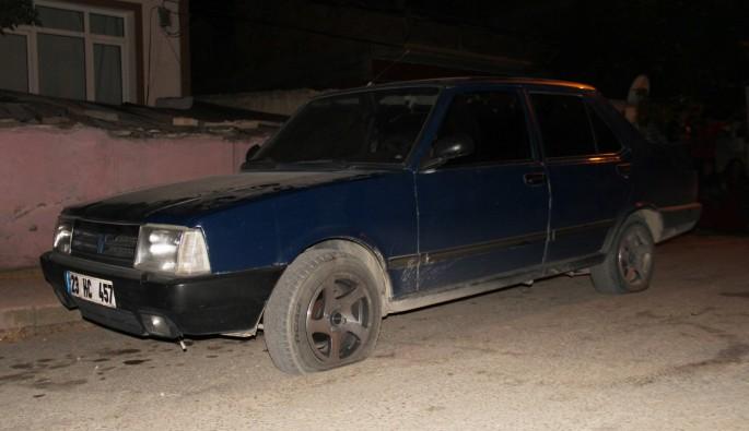 Önce aracının lastikleri kesildi, sonra silahla vuruldu
