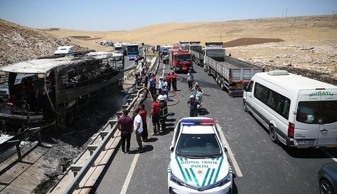 Şanlıurfa yolcu otobüsünde yangın: 22 yaralı
