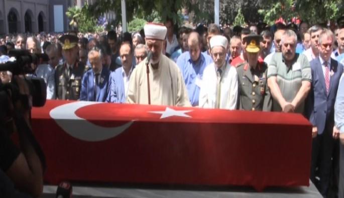 Sözleşmeli er Harun Arvas'a Bursa'da son görev