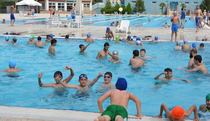 Yüzme havuzlarında yaz yoğunluğu