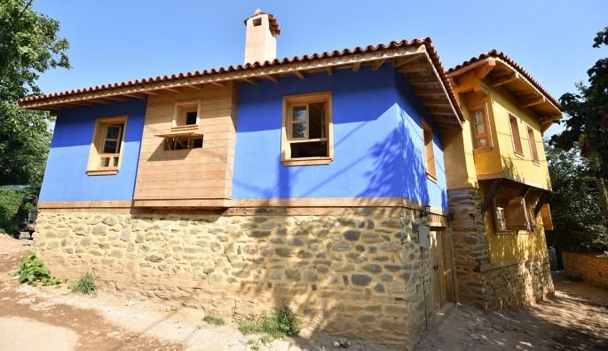 700 yıllık Cumalıkızık'ta restorasyon çalışmaları devam ediyor