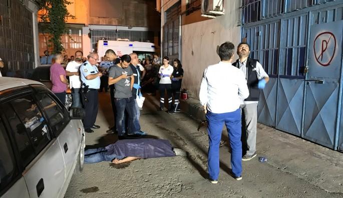 Apartmanın terasından düşen bir kişi hayatını kaybetti