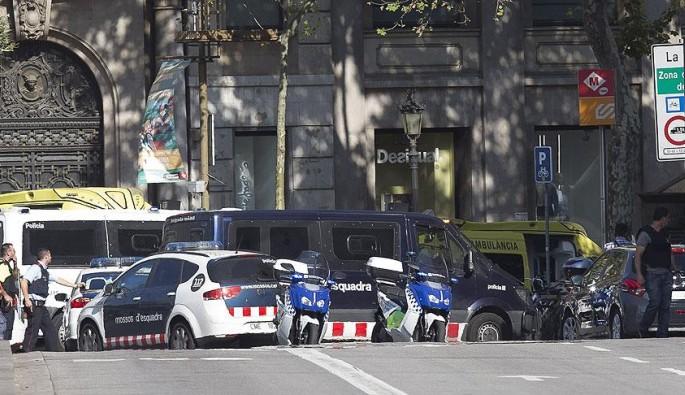 Barcelona'da terör saldırısı: 13 ölü, 100 yaralı