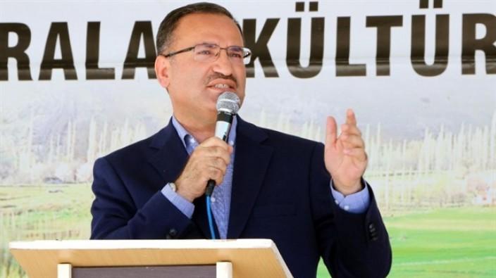 Başbakan Yardımcısı Bozdağ'dan tek tip kıyafet açıklaması