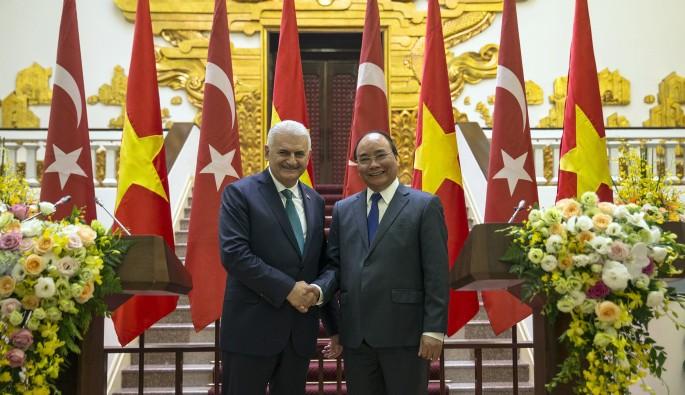 """Başbakan Yıldırım: """"İkili ticaret hacmimizi 4 milyar dolara rahatlıkla çıkarabiliriz"""""""