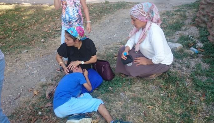 Bursa'da 4 metre yüksekten düşen çocuğa ilk müdahale annesinden