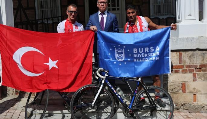 Çevir pedalları Türk-Alman dostluğu için