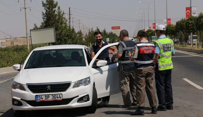 Emniyet ve jandarmadan yurt genelinde dev trafik denetimi