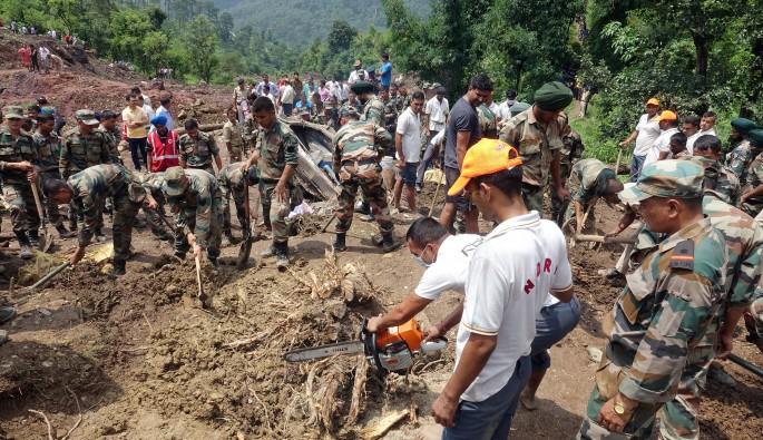 Hindistan'da heyelan: 46 ölü