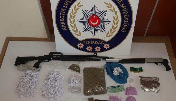 Narkotik polisinden zehir tacirlerine darbe