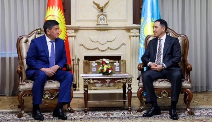 Türk başbakanlar Kazakistan'da buluştu
