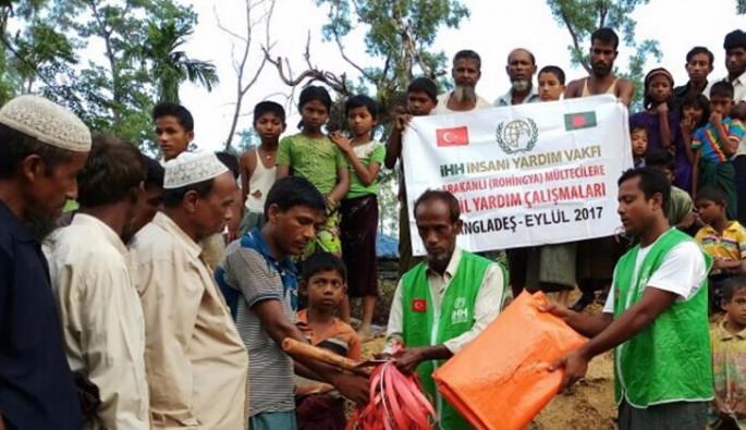 80 bin Arakanlı'ya acil yardım