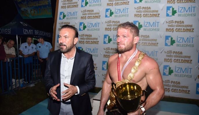 Altın Kemer Paşa Yağlı Güreşleri'nde Başpehlivan İsmail Balaban