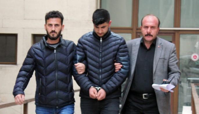 Bursa'da 12 bıçak darbesiyle eşini öldüren genç hakim karşısında