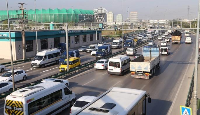 Bursa trafiğinde kamyon çilesi