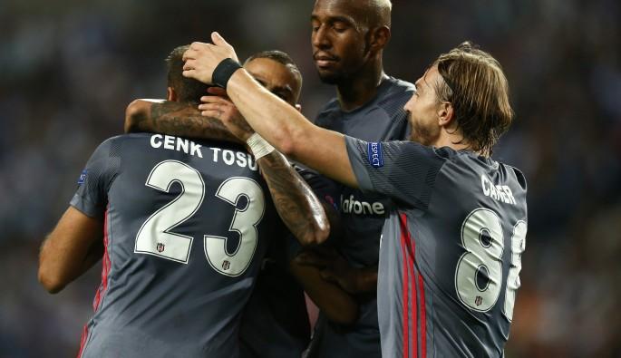 Cenk Tosun haftanın golüne aday