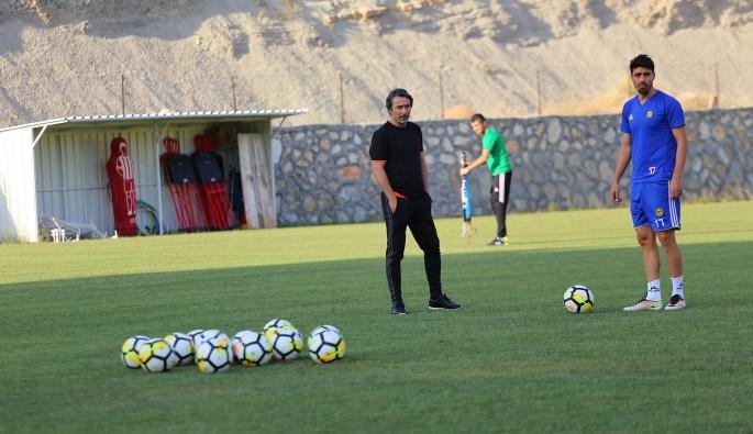 Evkur Yeni Malatyaspor'un Bursaspor maçındaki hocası belli oldu