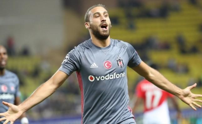 Beşiktaş'ta Cenk Tosun  haftanın futbolcusu adayı