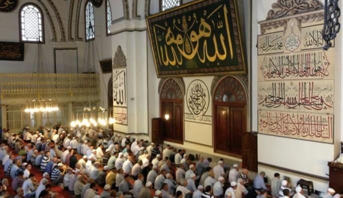 Bursa'da Cuma Namazı saat kaçta kılınacak?