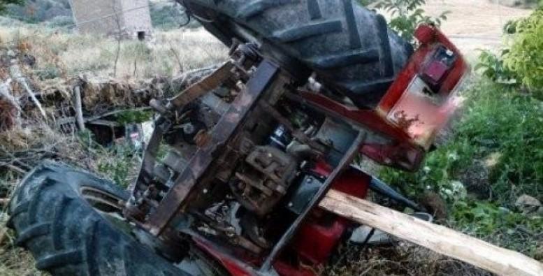 Bursa'da devrilen traktör can aldı!