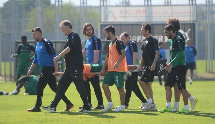 Bursaspor'a bir sakatlık şoku daha