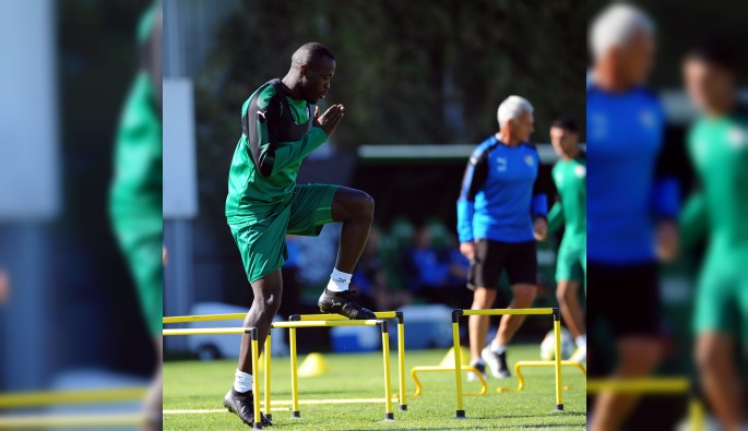 Bursaspor'da Osmanlıspor maçına hazırlıkları hız kesmiyor