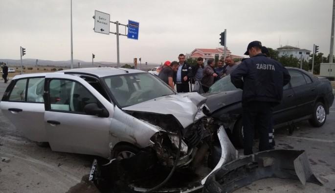 Çorumda feci kaza: 3 yaralı