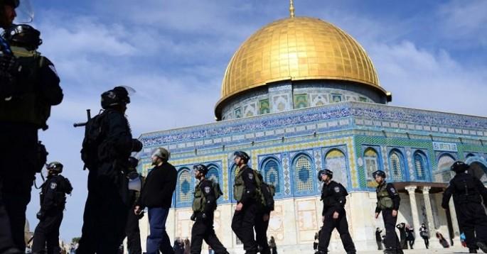 İsrail, Filistin'e ezanı yasakladı