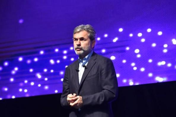 Aykut Kocaman, yapay zeka zirvesinde sunum yaptı
