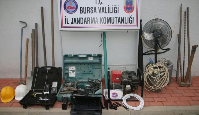 Bursa'da kaçak kazı operasyonu: 5 gözaltı