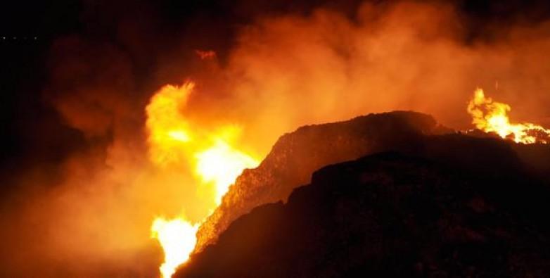 Moloz döküm alanında korkutan yangın!