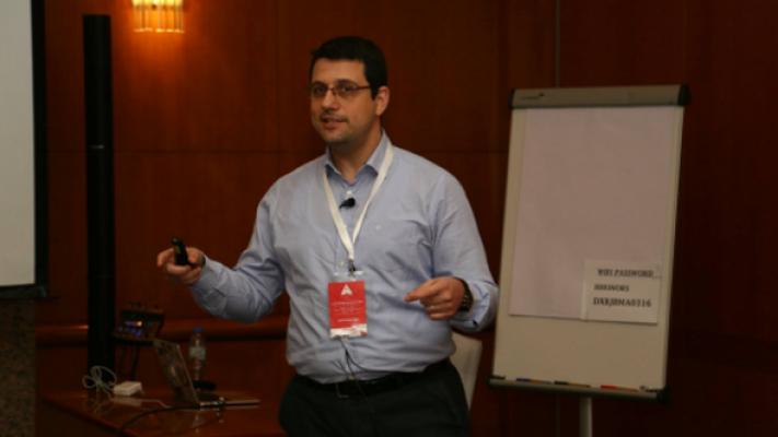 Türk yazılımcı Apple'ın hatasını buldu