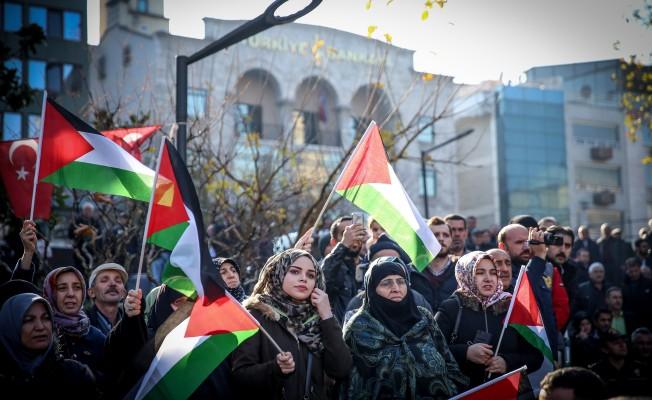 ABD'nin Kudüs kararı Bursa'da protesto edildi