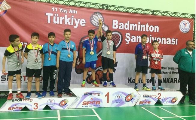 Badmintonculardan büyük başarı