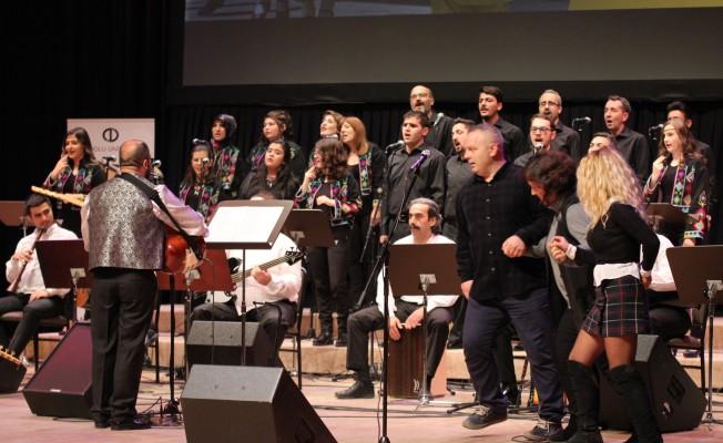 Görme ve işitme engelli öğrencilerden muhteşem konser