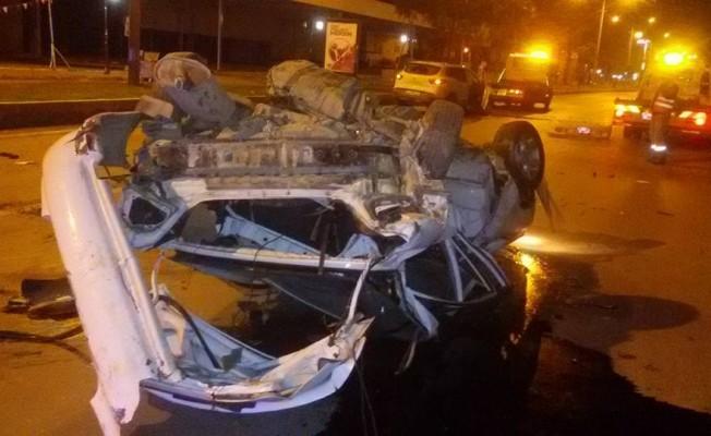 Kahreden kaza:2 ölü, 2 yaralı