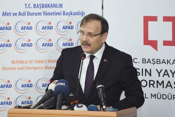 Bakan Çavuşoğlu'ndan yumruklu kongre CHP ritüeli