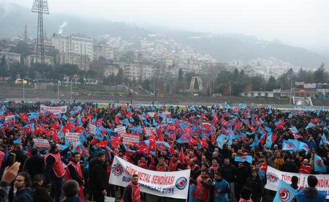 Bursa'daki 5 bine yakın işçi meydanlara indi