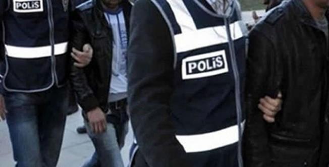 Bakanlıktan ihraç edilenlere FETÖ operasyonu: 8 gözaltı