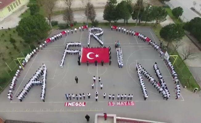Bursalı öğrencilerden Mehmetçiğe mektup
