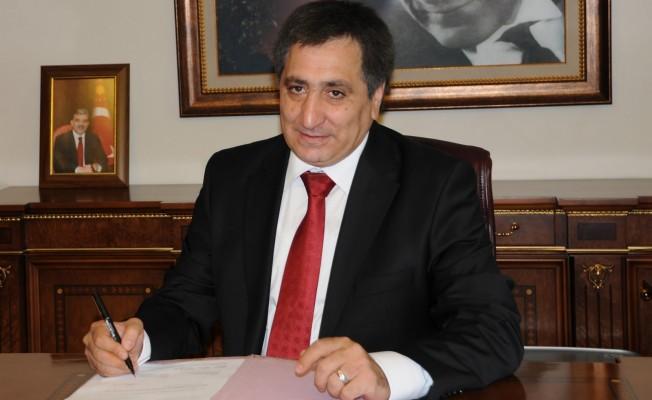 Bursa'da Valiye, Yeşilay'ın çalışmalarını anlattılar