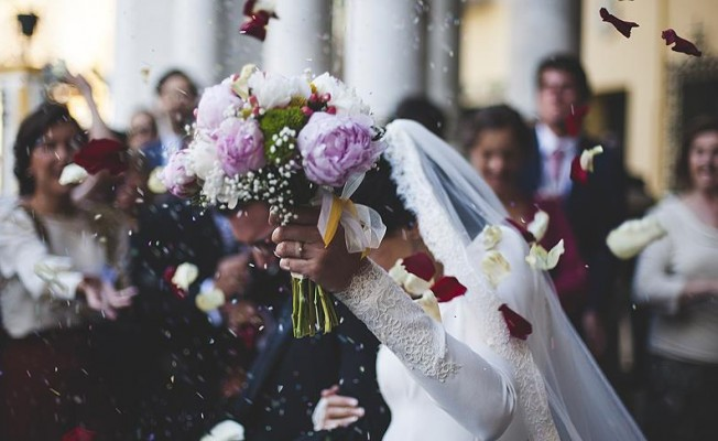 Evlenecek çiftler dikkat! Düğün maliyeti...