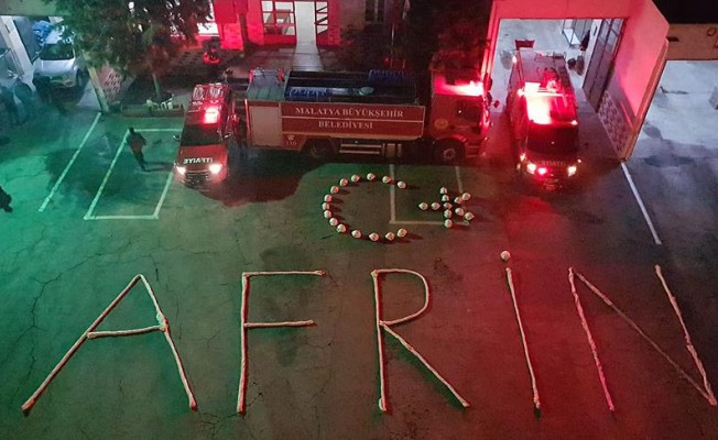 İtfaiye ekiplerinden Mehmetçik'e koreografili destek