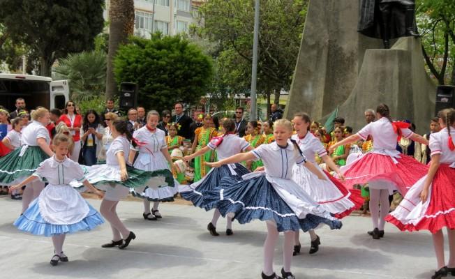 Dünya çocukları Mudanya'da