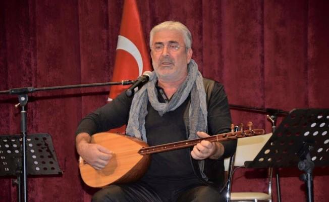 Ünlü sanatçı Burdur'da trafik kazası geçirdi
