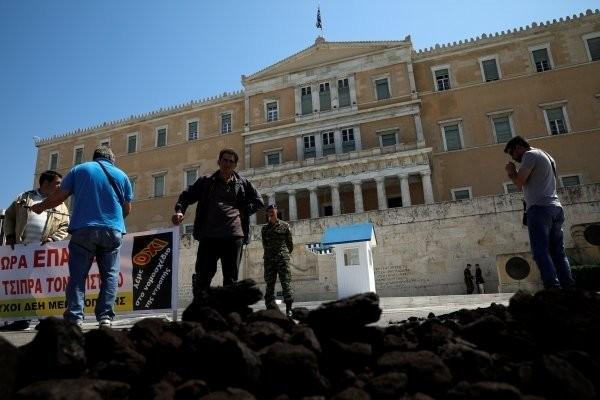 Yunanistan termik santrallerini özelleştiriyor