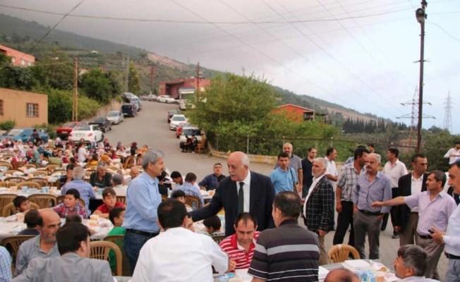 Başkan Seyfi Dingil iftarda her gün bir mahallede