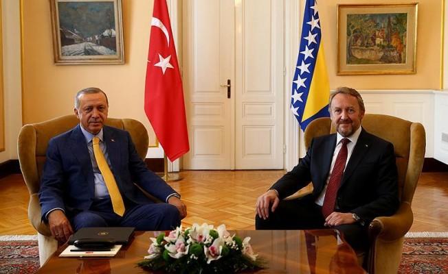 Cumhurbaşkanı Erdoğan, İzzetbegovic ile biraraya geldi