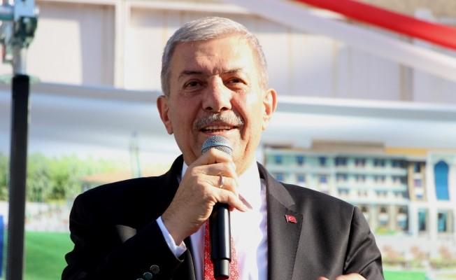 """Sağlık Bakanı Demircan: """"Uydurma haberlerle millete karşı kampanya yürütmeye kimsenin hakkı yok"""""""