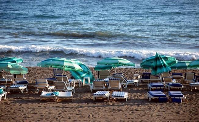 Seçim nedeniyle sahiller boş kaldı